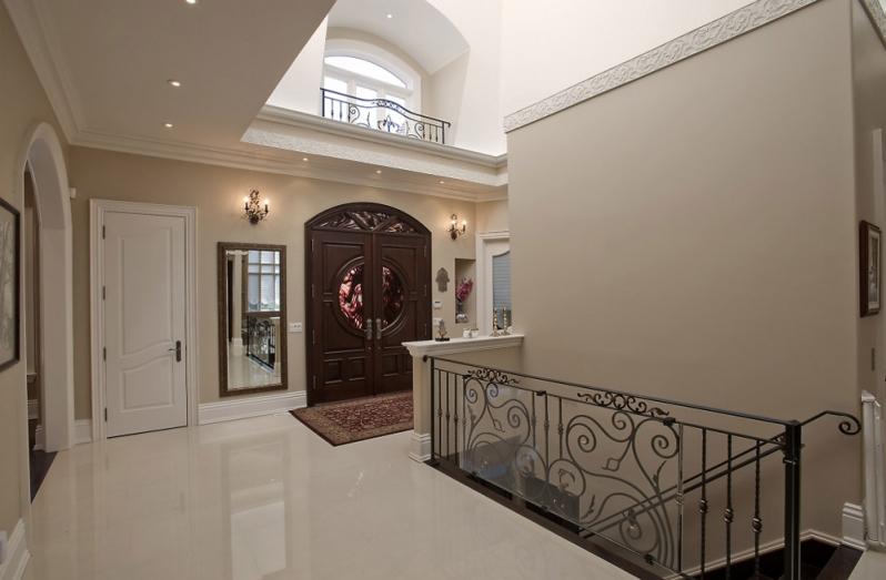 Entrance hall lighting image