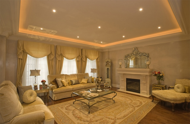 Amazing Family Room with Luxury Recessed Lights