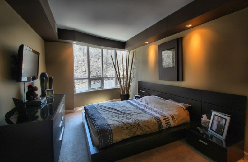 image of a bedroom