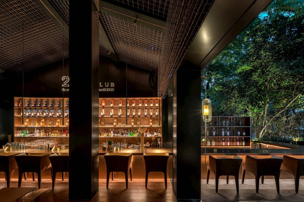 amazing bar with back lit shelves and bar stand - led pot light installation