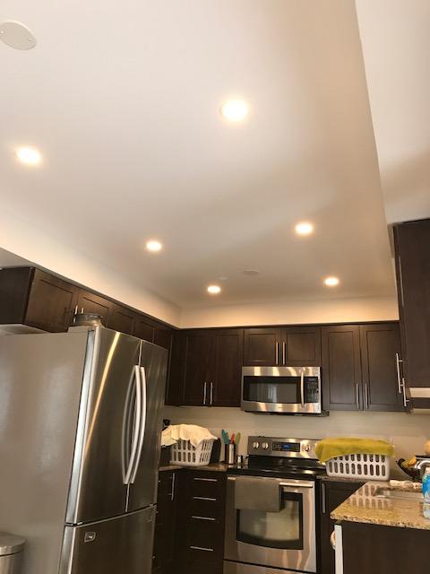 amazing kitchen with potlights